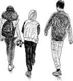 Freundjugendliche gehen spazieren Stockfotos