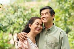 Freundliche ältere Paare Lizenzfreie Stockbilder