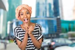 Freundliche afrikanische Frau Lizenzfreies Stockfoto