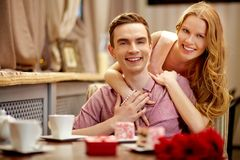 Freundliche Paare Lizenzfreies Stockfoto