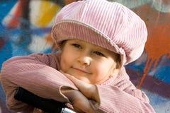 Freundlicher Blick und glückliches Kindgesicht Lizenzfreie Stockbilder