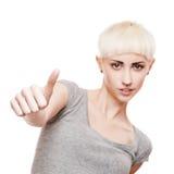 Freundliches beiläufiges blondes Mädchen Stockfoto