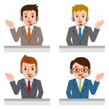 Freundliches Service-Vertreter Talking To Customer Stockfotos
