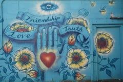 Freundschaft, Liebe, Wahrheits-Wandgemälde in Corvallis, Oregon lizenzfreie stockfotografie