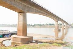 Freundschafts-Brücke, Thailand - Laos, zuerst Stockfotografie