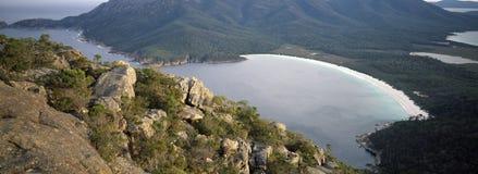 Freycinet Tasmania della baia del bicchiere di vino Fotografia Stock Libera da Diritti
