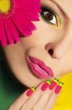 Färgrik makeup. Royaltyfri Bild