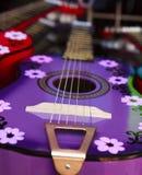 Färgrik mexicansk gitarr Royaltyfri Bild