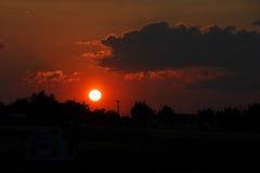 Färgrik solnedgång över Bozeman Arkivbild