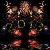 Färgrika 2013 fyrverkerier för nytt år Royaltyfria Bilder