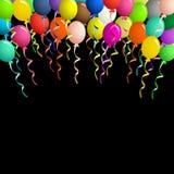 Färgrika ballonger på band över svart bakgrund Arkivbild