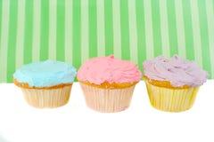 färgrika muffiner Fotografering för Bildbyråer