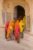 färgrika turister Arkivfoto