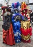 Färgrika Venetian dräkter Arkivfoto