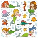 Färgvektoruppsättning av den liten flickasjöjungfruar och fisken Royaltyfri Bild