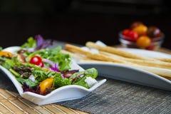 Frühlings-Salat Stockfotos