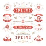 Frühlings-typografischer Design-Satz Retro- und Weinlese-Art-Schablonen Stockfoto
