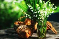 Frühlingsblumenstrauß von Maiglöckchen Lizenzfreies Stockbild
