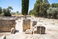 Friary монастыря в долине Messara на острове Крита в Греции Messara - самая большая равнина в Крите стоковая фотография rf