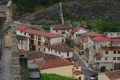 Frias中世纪村庄,布尔戈斯,西班牙 免版税库存照片