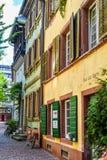 FRIBOURG-EN-BRISGAU, ALLEMAGNE - 17 mai 2017 : la vieille rue de ville à Fribourg, une ville dans la région du sud-ouest de l'All Photos stock