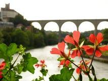 Fribourg, Suisse 08/03/2009 Pont en porte de Berne photos stock
