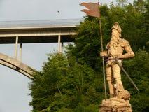 Fribourg, Szwajcaria 08/03/2009 Łukowaty zbrojony betonowy wa zdjęcia royalty free