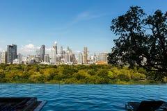 Fridsam Bangkok horisont Royaltyfria Bilder