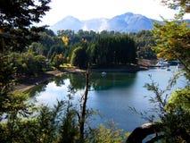 Fridsam sjö i Patagonia Arkivbilder