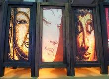 Fridsamma Buddhaframsidor målar på tunt Sa-papper Arkivbild