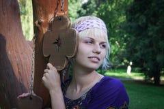 fridsamt kvinnabarn för hippie Royaltyfri Foto