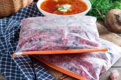 Fried Borsch freezing Soep het koken stock fotografie