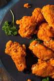 Fried Breaded Chicken Wings profundo picante Imagens de Stock Royalty Free