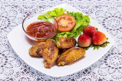 Fried checken with fresh vegetable Stock Photography