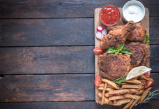 Fried chicken in buttermilk Royalty Free Stock Images