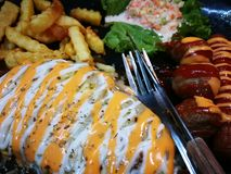 Fried Chicken Chop ( Cogumelo Sauce) imagens de stock royalty free