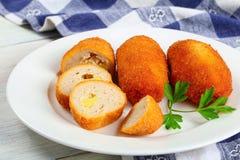 Fried Chicken Cutlets rellenó con mantequilla foto de archivo libre de regalías