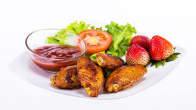 Fried chicken with fresh vegetable Royalty Free Stock Photo