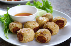 Fried Crab Meat Rolls profond Images stock