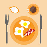 Fried Egg Icon. In flat style Royalty Free Stock Image