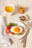 Fried egg sandwich breakfast meal Stock Photography
