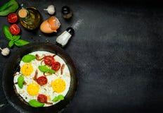 Fried Eggs com espaço de sal e de cópia Foto de Stock Royalty Free