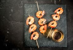 Fried grilled shrimp prawns with white wine Stock Photography