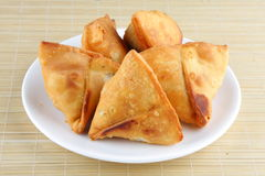 Fried Indian Samosa Imagenes de archivo