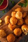 Fried Mac- und Käse-Bisse Stockbilder