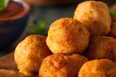 Fried Mac- und Käse-Bisse Lizenzfreies Stockfoto