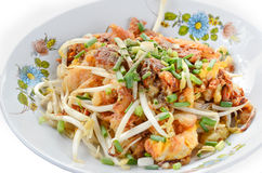 Fried mussel with bean sprout, Thai traditional food Royalty Free Stock Images