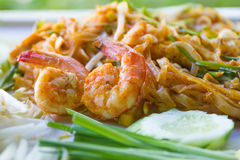Fried Noodles tailandés, cojín tailandés de la comida tailandés foto de archivo libre de regalías