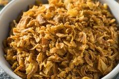Fried Onion Bits dourado imagem de stock