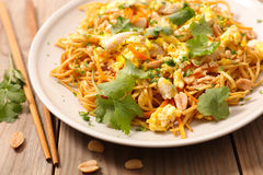Fried pad thai Stock Images